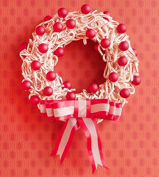 3 DIY Candy Cane Wreath