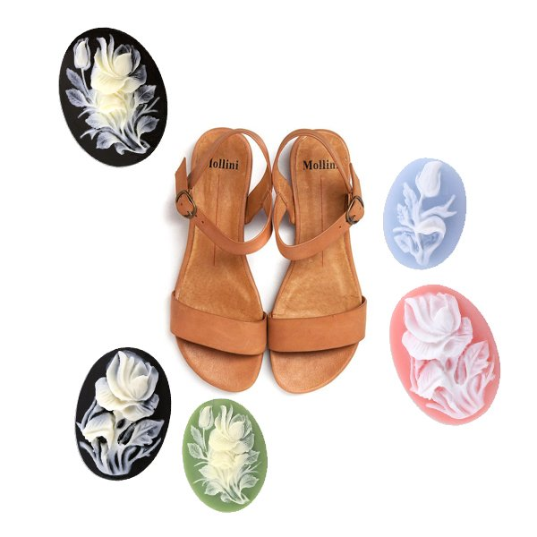 Cameos on Sandals