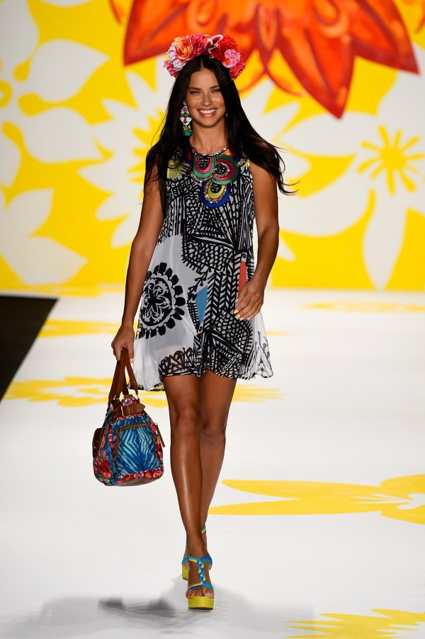 Desigual - Runway - Mercedes-Benz Fashion Week Spring 2015