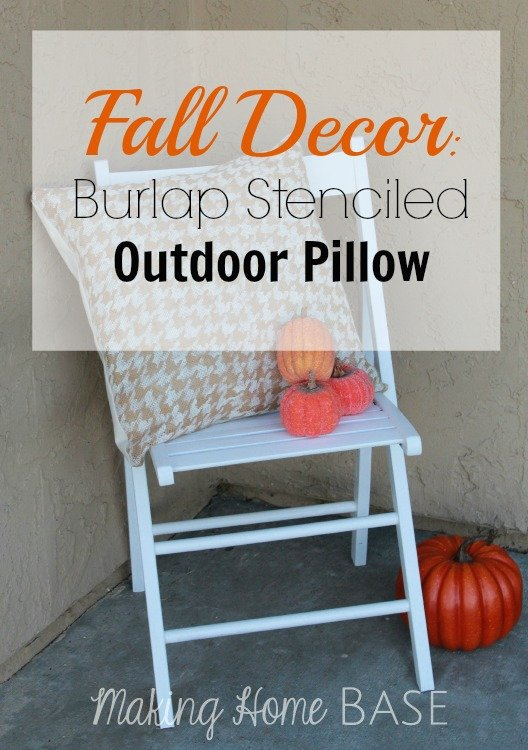 Burlap-Stenciled-Outdoor-Pillow