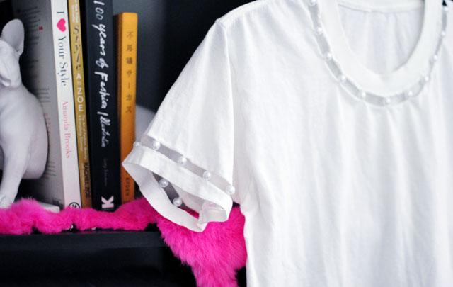 DIY-Pearl-collar-and-sleeve-t-shirt-