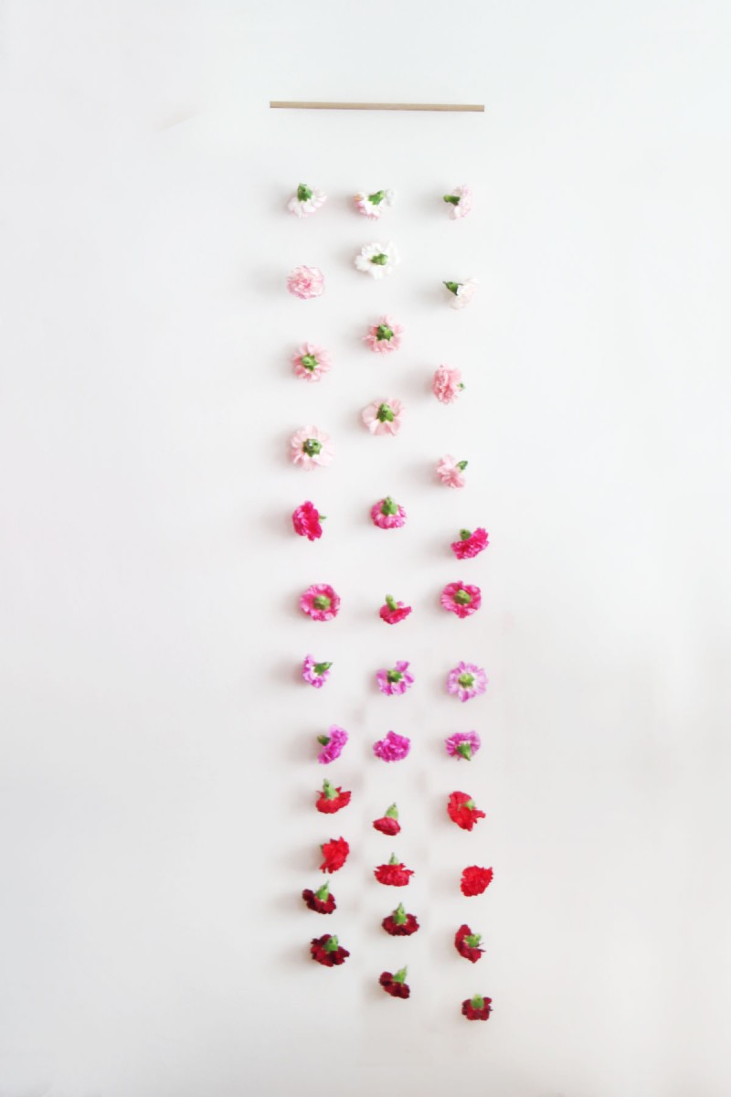 carnations-4-ways-curtain-0-800x1200