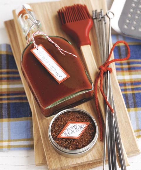 54eb36ebe4623_-_gift-baskets-ketchup-bbq-rub-s3