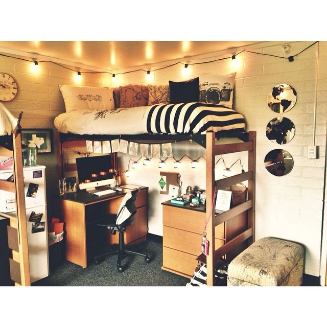M&J Trimming: Bunk Bed Dorm