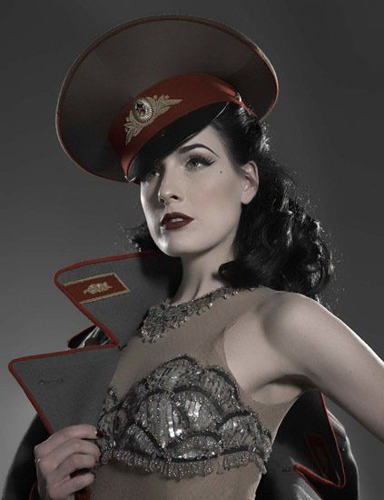 Steampunk Airship Captain Dita von Teese