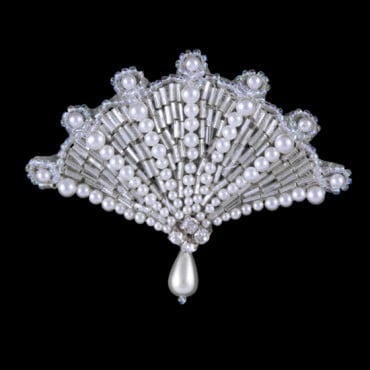 BEADED PEARL FAN APPLIQUE - CRYSTAL/PEARL/SILVER