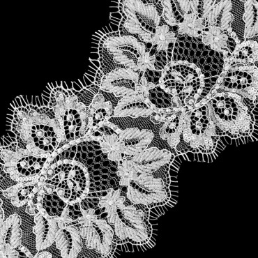 "4 1/2"" BEADED LACE"