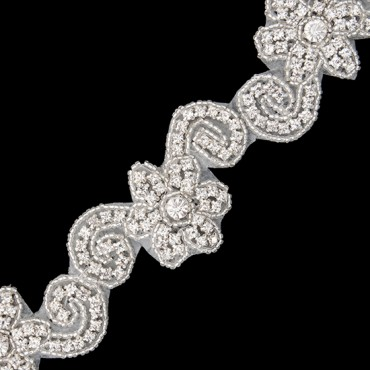 "1 1/4"" (32mm) Daisy Rhinestone Trim"