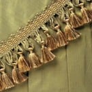 "2 1/2"" SCALLOPED GUIMP BRAID & TASSEL FRINGE"