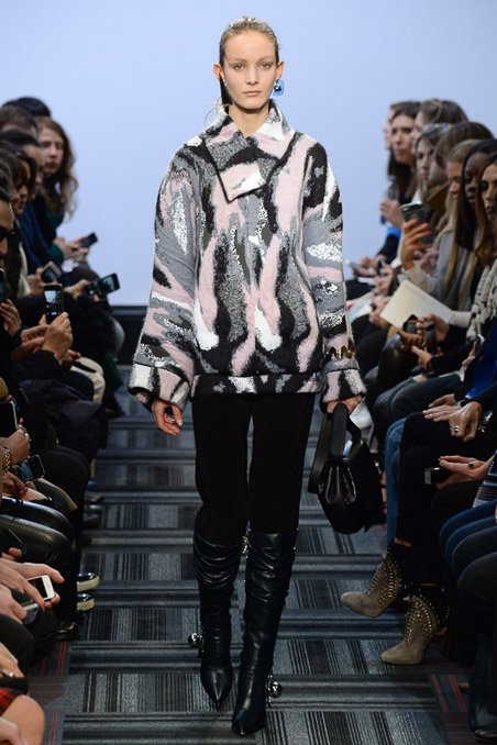 j-w-anderson-rtw-fw15-runway-low-res-11