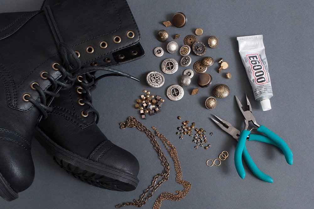 Ring In The Steampunk Decor To Pimp Up Your Home: DIY: Steampunk Boots