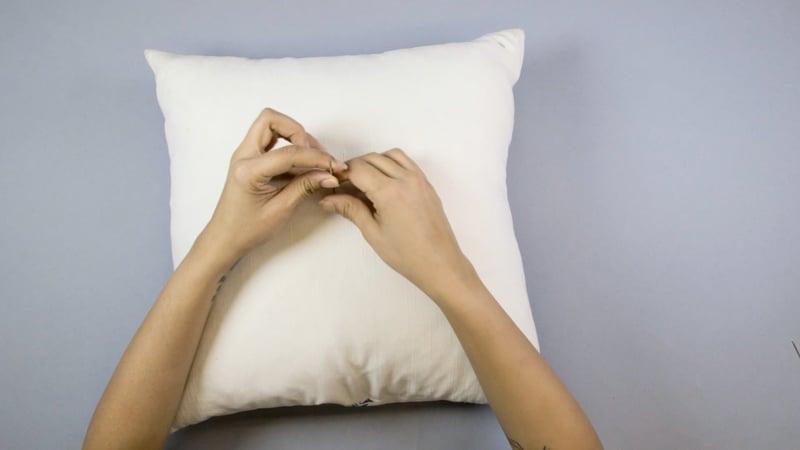 Diy Tufted Throw Pillow : throw pillow Archives M&J Blog