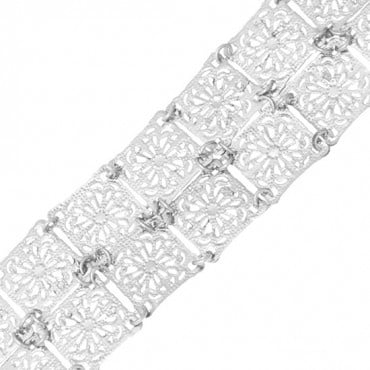 "1 1/4"" SQUARE LINKED CHAIN undefined"
